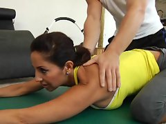 MILf Tara Holiday gets a good pussy stretch and full workout