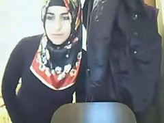 arabian hijab girlie showing butt on webcam