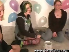 Emo girl play truth or dare sexgame