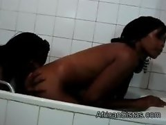 Hot Africans Sajeda and Fatima get busy in the bath