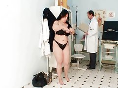 Big tits fat mom Rosana gyno doctor