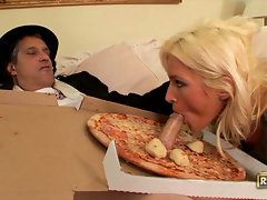 Kaycee brooks sucking old grandpa's huge cock through hot pizza