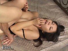 Uncensored japanese hardcore sex !