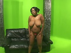 Extra large jugs for ebony mature babe