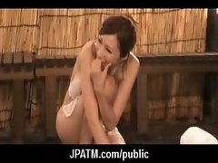 Public Sex in Japan - Asian Teens Exposed Outdoor 10