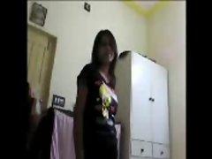 Hot indian girl exposes, gives super blowjob and fucks