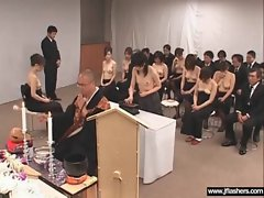 Sexy Teen Japanese Flashing Body In Public movie-36