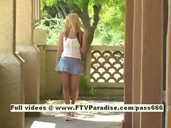 Sandy senzual blonde babe walking playing with hair