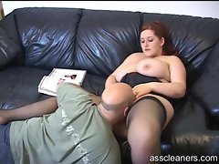 BBW reads a magazine and gets rimmed