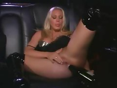 Lesbian sex and bottle fucking in a limo