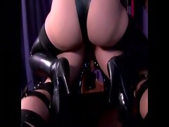 Domina queen pegs her subs ass deeply