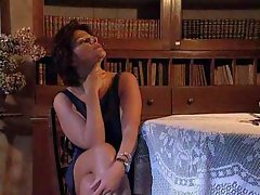 Mature in stockings seduces to get laid