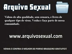 Gatinha do corpinho sensual dando um ch&aacute_ de buceta 1 - www.arquivosexual.com