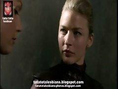 Charisma Carpenter and Tabrett Bethell in lesbian kiss tatatotalesbians.blogspot