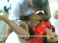 Mature pakistani couple having hard sex @ www.desibabs4u.com
