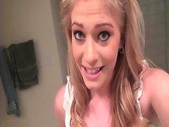 Blondie working quim in bathroom