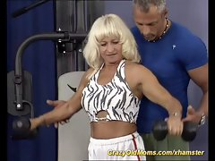 muscle stepmom screwing