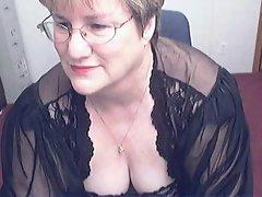Heavy Granny in a Cam R20
