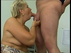 Attractive mature does butthole & makes sure his balls are empty