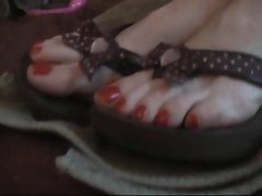 Flip Flops Get Jizzed