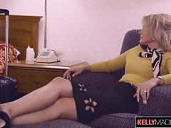 Lisey Stunning Assfucked on Layover