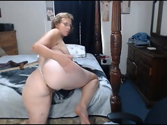 granny Mary widely opened her butt
