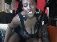 Saggy Bigtits Ebony Wench on Webcam