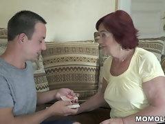 Experienced mother still loves phallus