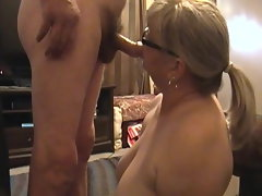 Kim Bates leisurely unwrapping for a fan. She loves to flash off.