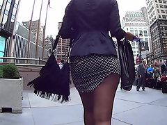 fantastic yankee lady in ebony pantyhose