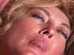 Hot mature lealiana aa