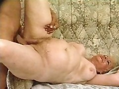 Blonde granny loves to be fucked