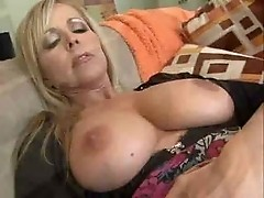 Mature housewife feels so horny vm