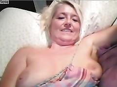 Mature Granny Webcam28