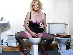 claire's Pussy wash