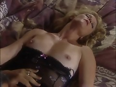 GINGER LYNN: LOVE & BULLETS (CLIP)
