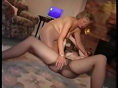 Mature Pantyhose Feel and Finger