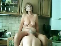 Great stolen video found on my dad PC. See my mom !!