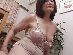 masturbating japanese gran part1