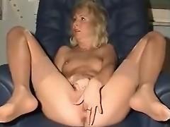 Ultra Hot Mommy