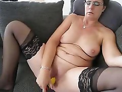 Horny chubby Anna fuck her wet pussy