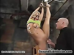 Bald man gives wet pussy fucking with fingers