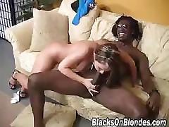 Julia Bond Vs Black Dick