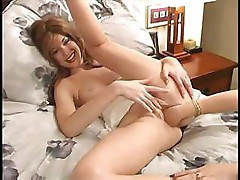 Courtney Taylor gets fisted and has a great wet orgasm from friend