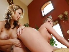 Ashlynn Brooke and Tori Black like fisting in the ass
