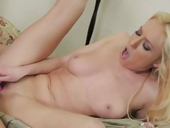 Victoria White blonde chick bumping with man's rod-on