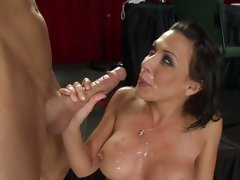 Rachel Starr horny babe waiting for the hot coming
