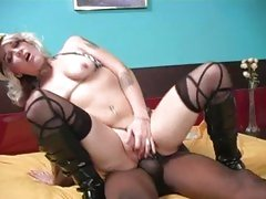Candy Monroe blonde plow with a long man's auxiliary