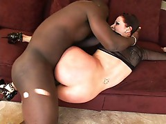 Pale booty babe nailed by black