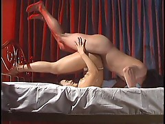 Flexible Japanese babe banged